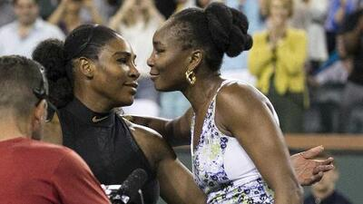 Venus Williams elimina a su hermana Serena de Indian Wells