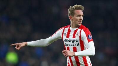 Luuk de Jong será jugador del Sevilla por las próximas cinco temporadas