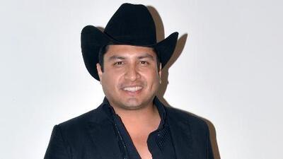 ¿Julión Álvarez estaría dispuesto a comprarse un yate? Él mismo nos da la respuesta