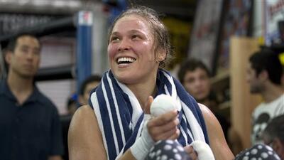 Ronda Rousey peleaba para comprar frapuccinos