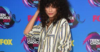 En pijama y con tacones: el vestuario más inverosímil de la alfombra roja de los Teen Choice