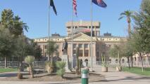 El Capitolio estatal de Arizona continúa bajo medidas de protección