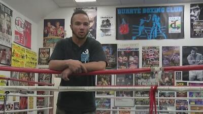 Este boxeador transgénero hace historia compitiendo oficialmente contra hombres