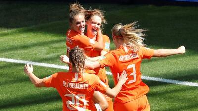 En fotos: dos cabezazos pusieron a Holanda en Semifinales del Mundial Femenino