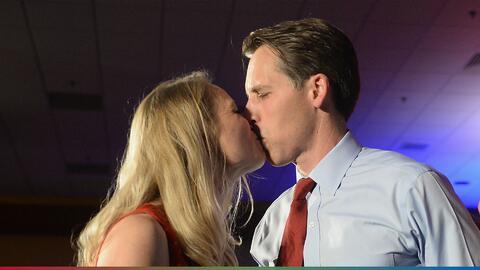 Besar a otra mujer en la boca no es ser infiel, según los hombres