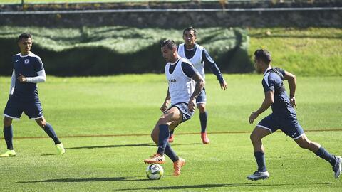 Baca y Cauteruccio regresaron a los entrenamientos de Cruz Azul