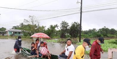 Consulado de Honduras en Houston recauda donaciones para afectados por tormenta Eta