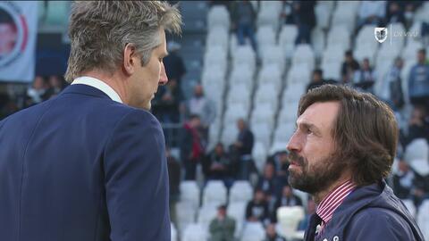 Y si jugaran de nuevo la Champions... Pirlo y Edwin van der Sar en el Juventus Stadium