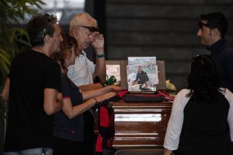 Fotos: Muerte y dolor en un funeral masivo tras el derrumbe del puente en Italia
