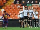 Barcelona se recupera a tiempo y sigue en la lucha por LaLiga
