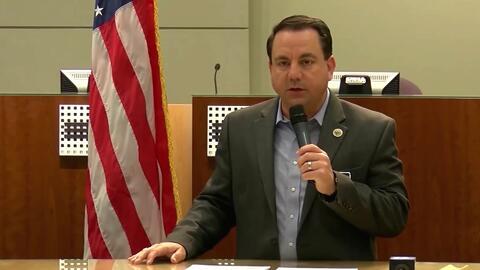 Alcalde de Yuma, Arizona, pide ayuda federal para solventar la crisis que enfrenta ante el cruce masivo de inmigrantes
