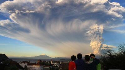 Estado de excepción y toque de queda en el sur de Chile por erupción volcánica