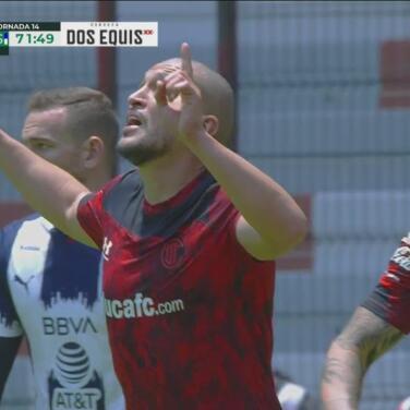¡Toluca descuenta! Jorge Torres Nilo anota el gol y pone el 1-2