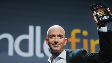 En medio de la pandemia mundial del covid-19, Jeff Bezos es $24,000 millones más rico