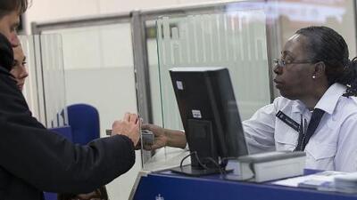 Ofrecen asesorías gratuitas en el Metroplex a residentes que buscan la ciudadanía y quieren presentar el examen