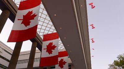 Ciudadanos mexicanos ya pueden viajar a Canadá sin visa de turistas
