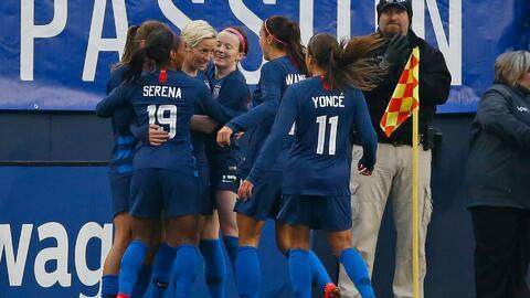 Selección femenina de fútbol de EEUU demanda a la Federación argumentando discriminación