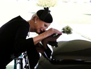 En fotos: Así fue la ceremonia privada en la que fue sepultado John McCain