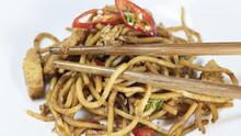 Pollo tailandés con fideos de zucchini    | Reto 28