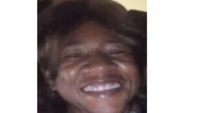 Policía pide ayuda para encontrar a una mujer de 53 años con problemas de salud
