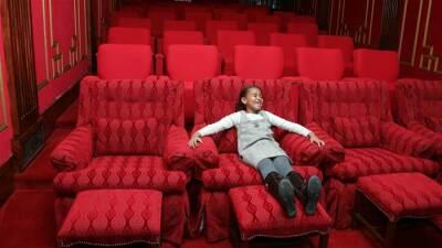 Las divertidas fotos de la primera visita de Malia y Sasha Obama a la Casa Blanca