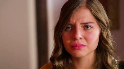 Una joven sufre discriminación desde niña por su tono de piel