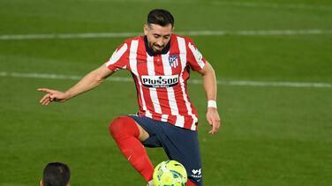 Herrera reaparece con Atlético y lo dedica a su fallecida madre
