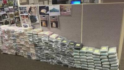 Decomisan enorme cantidad de droga valorada en millones de dólares a una red de narcotráfico mexicano