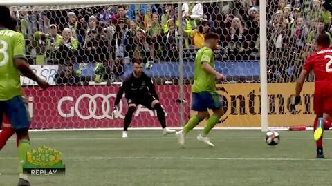 ¡Furioso derechazo! Cristian Roldán fusila al portero y Seattle doblega 3-1 a Toronto FC