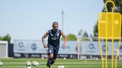 Porto comenzó pretemporada con 'Tecatito' Corona integrado