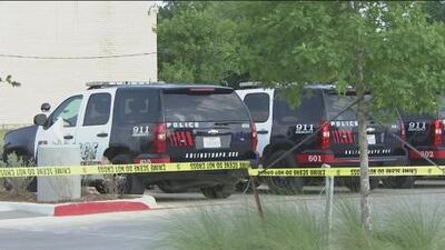 Oficial de Arlington enfrentará cargos de homicidio por negligencia en el caso de un joven baleado durante una requisa