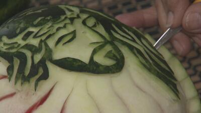 Dejó las leyes por el diseño de arreglos frutales: esta venezolana gana reconocimiento en Texas