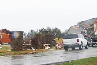 Tornado azota a la I-75 en Georgia