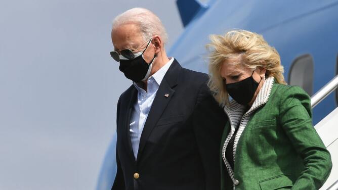 Joe Biden visita Texas tras las graves afectaciones que sufrió ese estado por la tormenta invernal