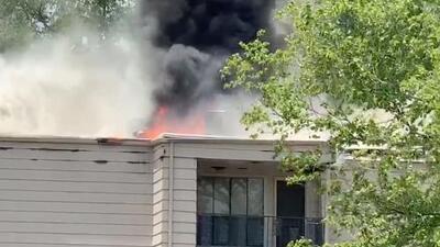 Reportan incendio al suroeste de Houston