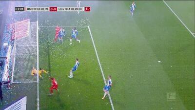 ¡Salvados por el poste! Lenz perdona al Hertha en el derbi