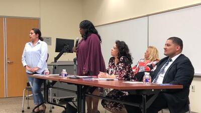 Debate en Pleasant Grove con los aspirantes para el concilio de Dallas