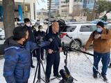 """""""El sospechoso continúa prófugo"""": El equipo de SWAT continúa en la escena del tiroteo"""