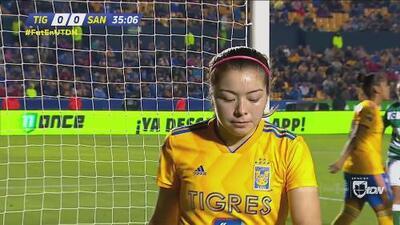 ¡Portera! Katty Martínez tenía el gol y Wendy lo salvó