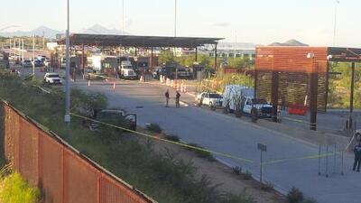 El hombre que provocó el tiroteo en puerto de entrada de Arizona recibe cargos formales y enfrentará a un juez