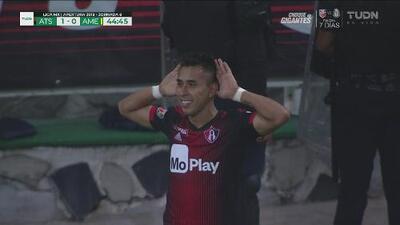 Jesús Isijara sorprende al América y decreta el 1-0 para Atlas