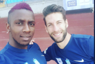 Muere futbolista francés mientras jugaba un partido con sus amigos