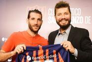 Mientras Piatti ya entrena con San Lorenzo, el Impact incorpora a nuevo volante argentino