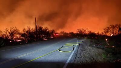 En fotos: voraz incendio en Woodbury deja a varias familias desplazadas