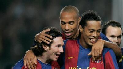 """El conmovedor mensaje de Messi tras el retiro de Ronaldinho: """"Aprendí mucho a tu lado"""""""