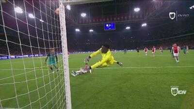 Con suerte de campeón: paradón de Onana que pudo ser el gol del Tottenham