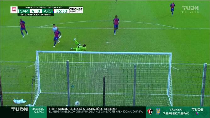 ¡GOOOL! Christian Bolanos anota para Saprissa.
