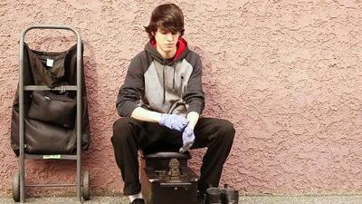 Christopher, de limpiar zapatos a Star in #LaBanda