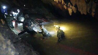 UK cave expert explains the keys to risky Thailand rescue