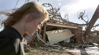 ¿Qué debo hacer después de un huracán?